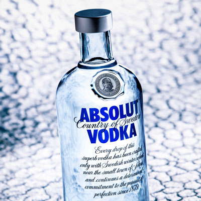 pack-shot vodka absolut antoine duchene photographe publicitaire en bretagne